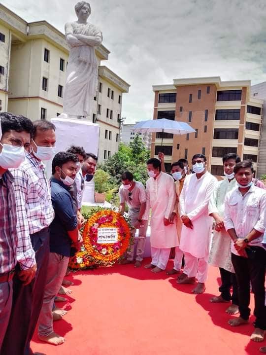 নবনির্মিত 'কবি নজরুল ভাস্কর্য' উদ্বোধন